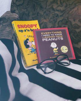 Boekencover van de hond Snoopy: Snoopy op z'n best en Everything I need to know I learned from Peanuts.